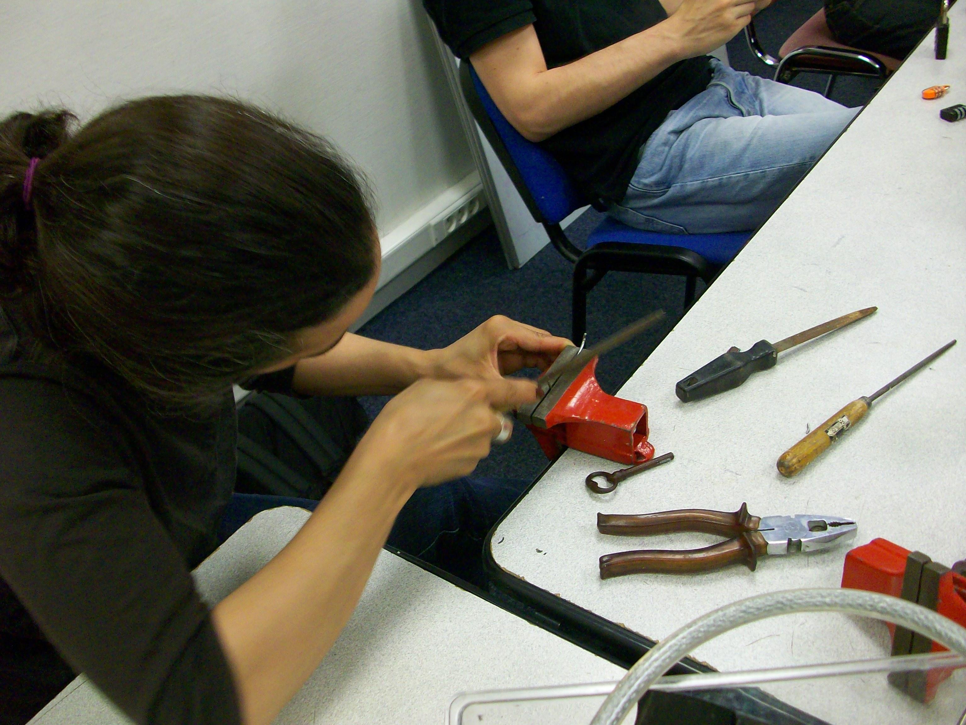 atelier fabrication d'outils le 03 novembre.